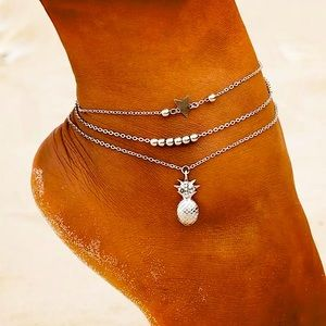 ⚜️[𝟯/$𝟮𝟴]⚜️3 Layered Pineapple Star Anklet NEW